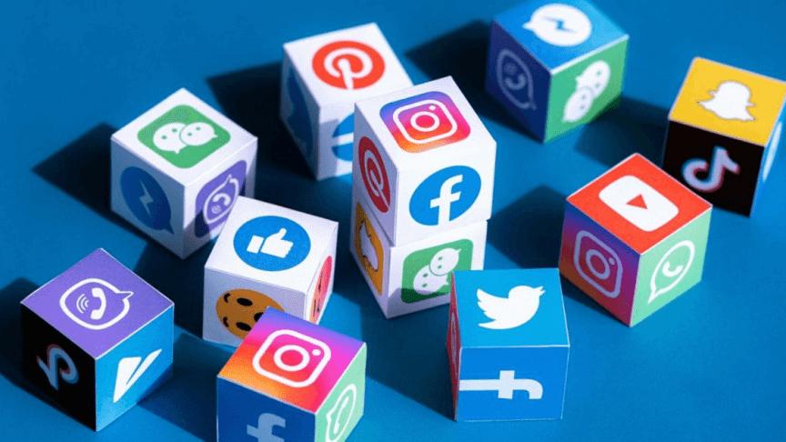 Social-Media-The-Marketing-Key-For-Mobile-App